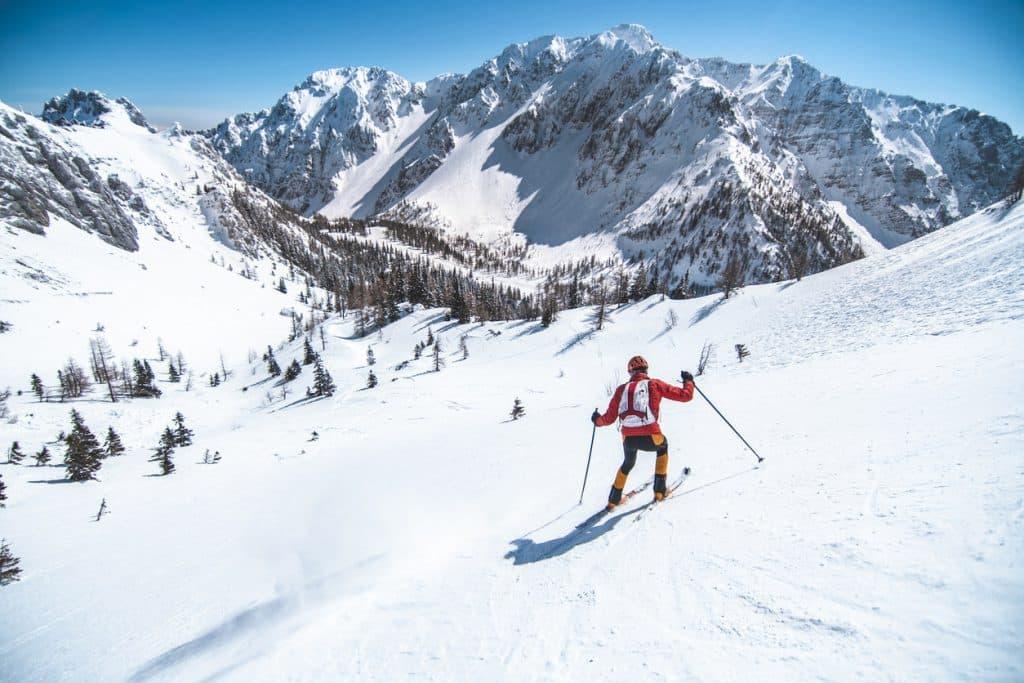 A man skiing at the Ladik-Akdağ Ski Center in Samsun