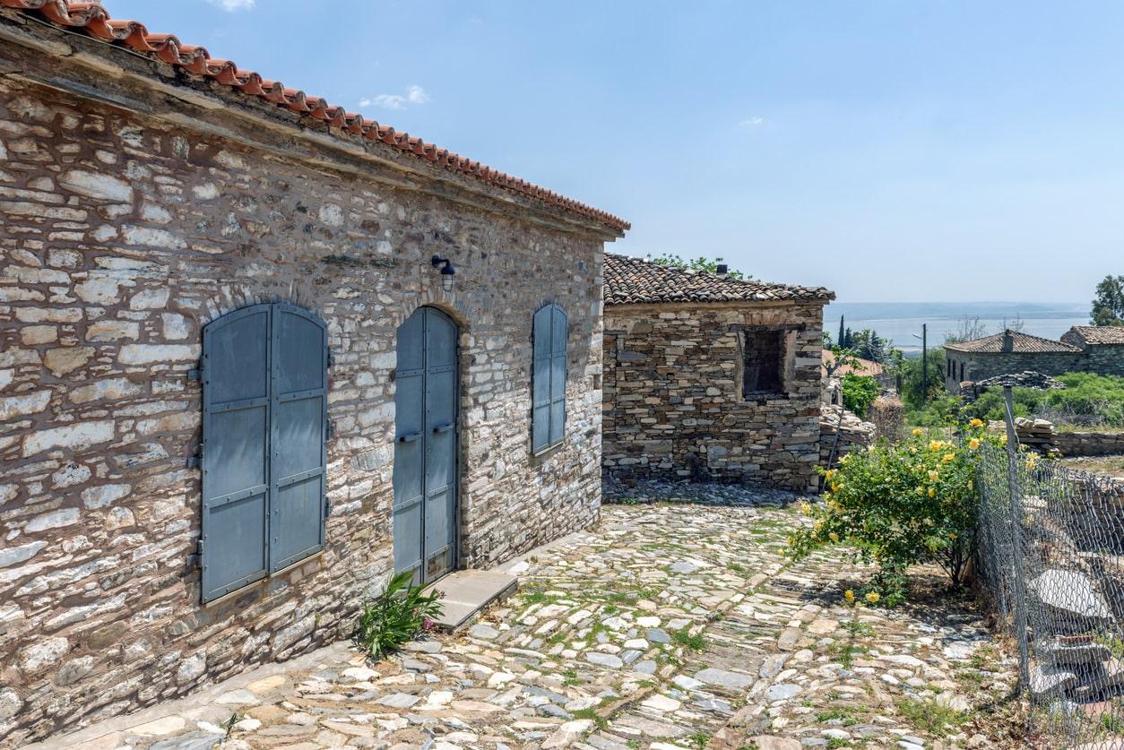 Aydın Doğanbey Köyü'nün tarihi evleri