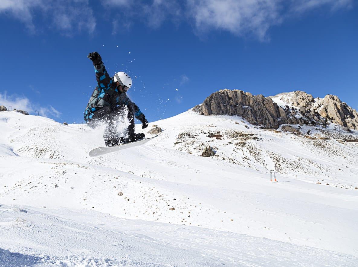 skiing-man